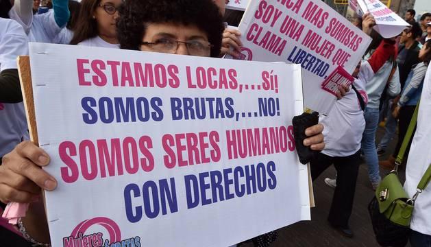 Marcha nacional 'Ni una menos' en Perú