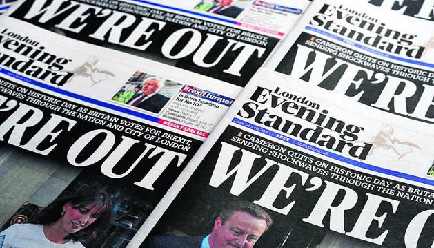Portada de un periódico británico el día después del referéndum.