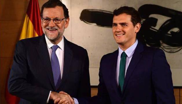Reunión entre Mariano Rajoy y Albert Rivera.
