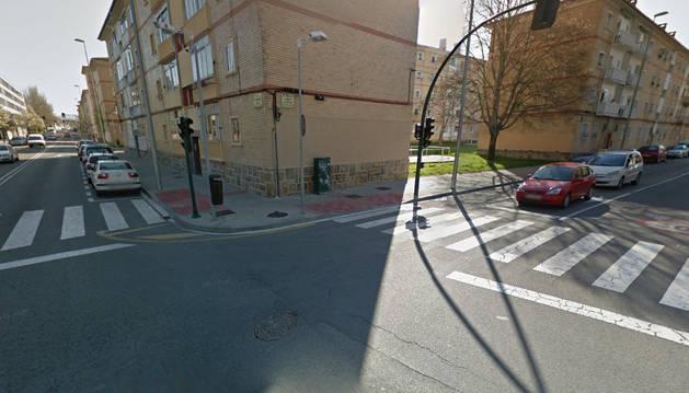 Cruce entre las calles Magdalena y Lumbier, lugar donde se ha producido el accidente.