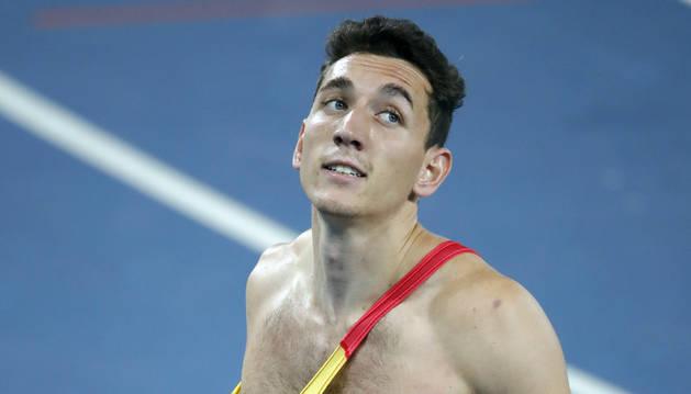 El navarro Sergio Fernández logra un récord de España histórico en 400 metros vallas