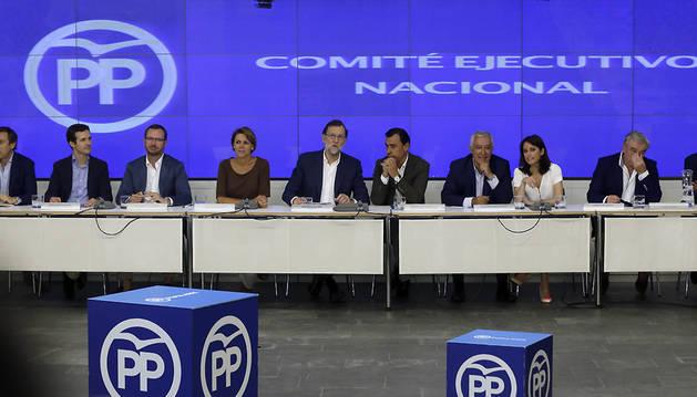 Vista general de la reunión la reunión del Comité Ejecutivo Nacional del PP, presidido por el presidente del Partido Popular y del Gobierno en funciones, Mariano Rajoy.