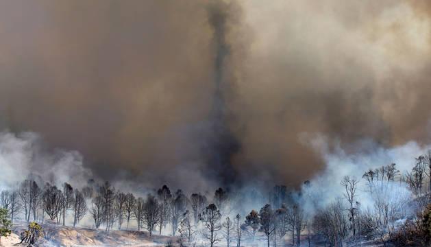 El incendio de California sigue sin control.
