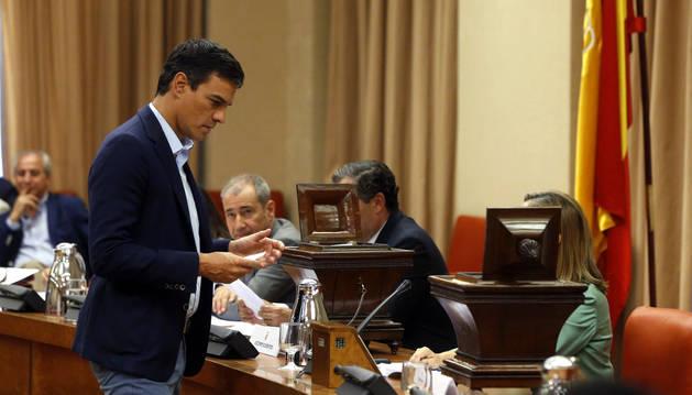 Pedro Sánchez, este jueves antes de votar los miembros de la Mesa de la Diputación Permanente del Congreso.