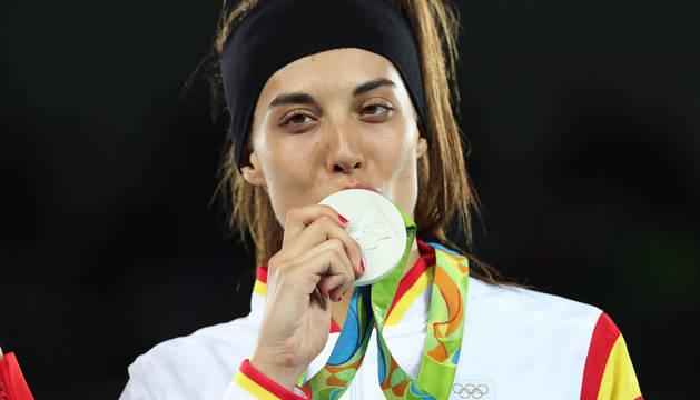 Eva Calvo arriesga por el oro y se queda con una valiosa plata en -57 kilos