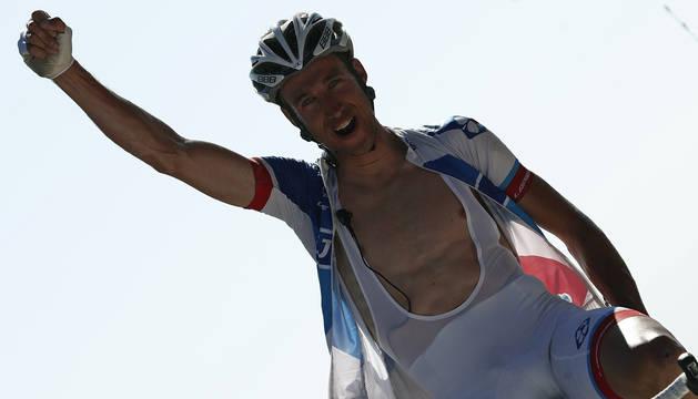 Alexandre Geniez celebra su victoria.