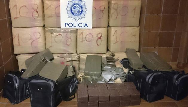 Se incautan de 840 kilos de hachís y detienen a 22 personas en Castellón