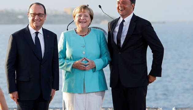 Renzi, Hollande y Merkel, en la comparecencia conjunta.