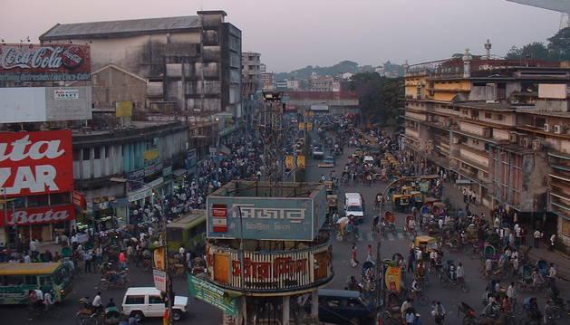 Al menos 50 personas hospitalizadas tras la fuga de un gas tóxico en Bangladesh