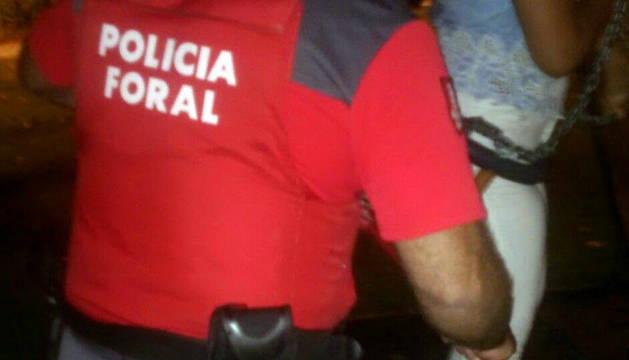 Desatrapada una menor tras permanecer hora y media atrapada en un columpio en San Adrián