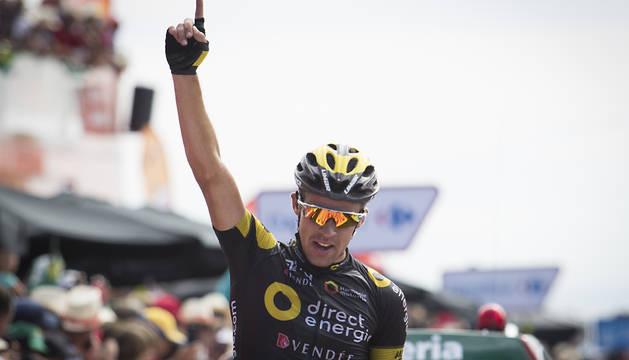 Calmejane celebra la victoria de etapa.