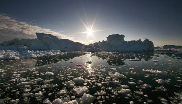 Fue detectable por primera vez en los océanos Ártico y tropicales en el decenio de 1830.