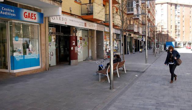 Una avería eléctrica  deja sin luz a los vecinos de Martín Azpilicueta