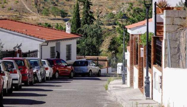 Calle de Víznar en la que vivía la joven.