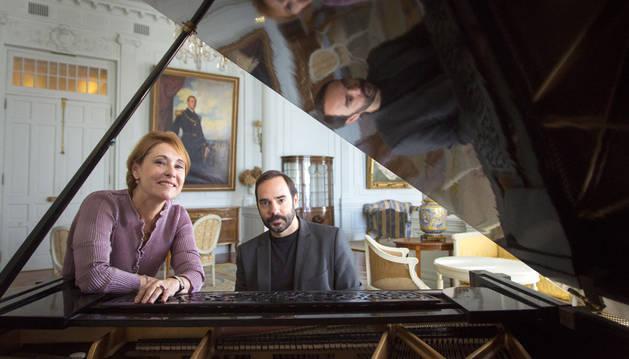 La soprano María Bayo y el pianista repertorista Rubén Fernández Aguirre.