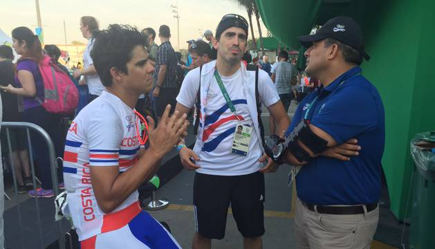 El exciclista navarro participó en Brasil en sus segundos Juegos como auxiliar del costarricense Andrey Amador.