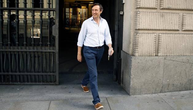Rafael Hernando, a su salida de la reunión que han mantenido este viernes los equipos de PP y Ciudadanos.