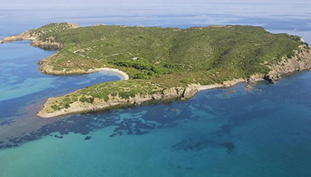 Vista aérea de la isla a la venta.