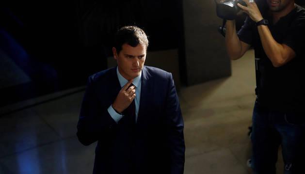 Rivera traslada a Rajoy su preocupación por la marcha de las negociaciones