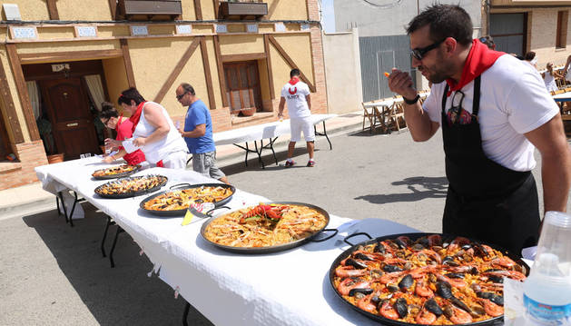 Las cinco paellas presentadas a la sexta edición del certamen que organiza la peña El Katxi.