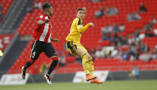 Álex Berenguer, en el partido de la temporada pasada en Segunda disputado en San Mamés ante el Bilbao Athletic.