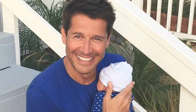 Jaime Cantizano y su hijo Leo.