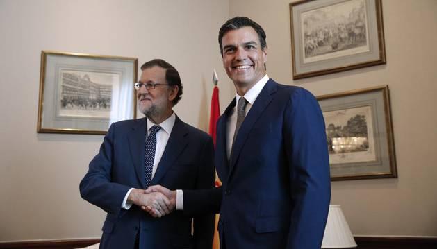 Comienza el último intento de Rajoy para que Sánchez se abstenga en la investidura