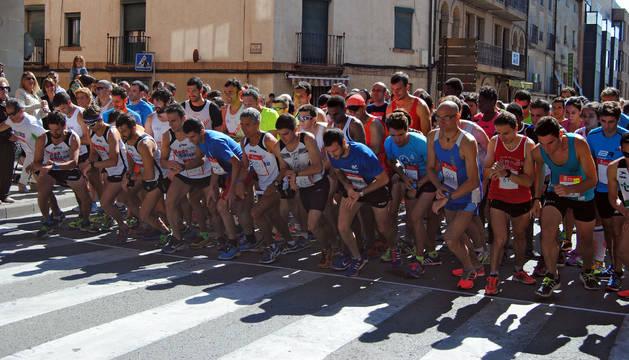 Salida de la prueba absoluta de la Carrera Pedestre Ciudad de Corella disputada el pasado año.
