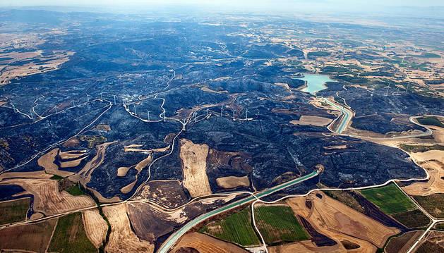 El incendio forestal de Tafalla, completamente extinguido