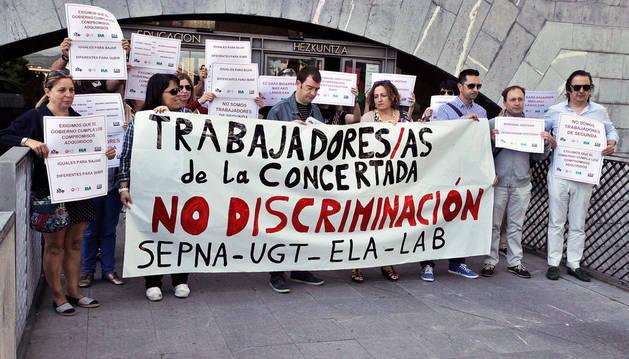 Protesta de los sindicatos de la concertada ante Educación.
