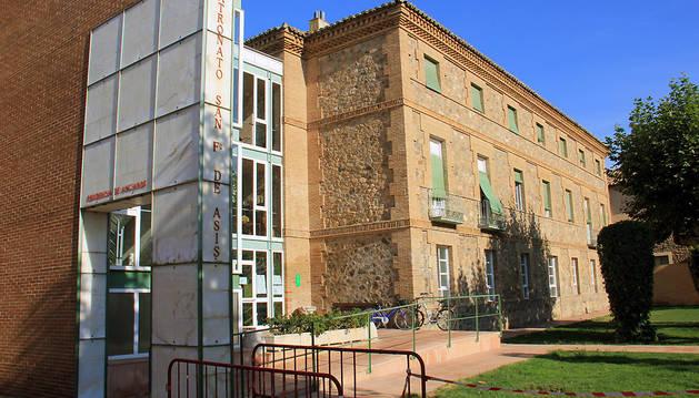 Fachada de la residencia de Cintruénigo.