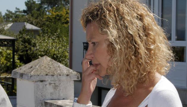 Diana López-Pinel, la madre de Diana María Quer, la joven desaparecida en el pueblo coruñés de A Pobra do Caramiñal.