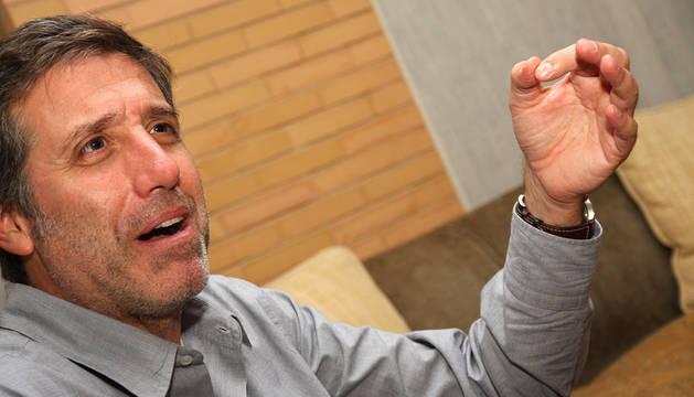 Emilio Aragón.