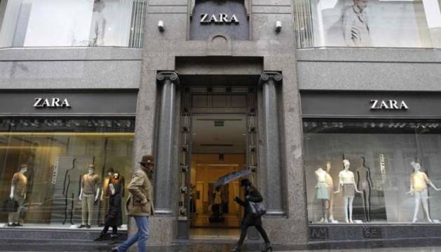 Escaparate de Zara en Madrid.