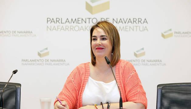 Ainhoa Aznárez ha presentado la Memoria de Actividades del Parlamento de Navarra correspondiente al primer año de la IX Legislatura.
