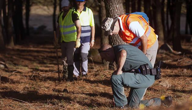 Un grupo de voluntarios intenta dar con alguna pista que permita saber qué pasó con Diana Quer.