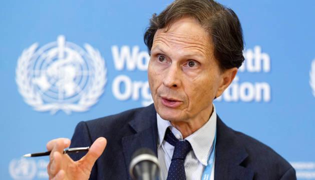 David Heymann, director del Comité de Emergencias de la OMS, en la rueda de prensa ofrecida en Ginebra, Suiza.