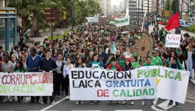 Manifestación contra la Lomce.