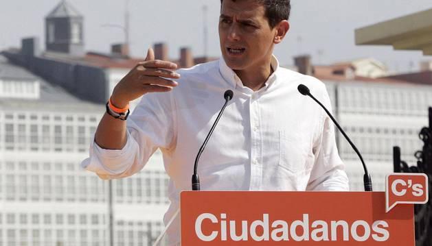 Albert Rivera, durante su intervención en un acto de precampaña de las elecciones gallegas
