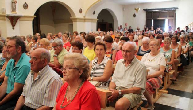 ... Y EN SANCHO ABARCA La ermita de Sancho Abarca se llenó de asistentes.