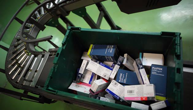 Varios medicamentos, preparados para llevar a una farmacia.