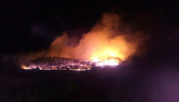Controlado el incendio forestal declarado entre Javier y Yesa