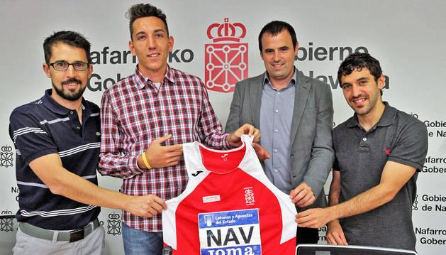 De izquierda a derecha, Rodrígo Domínguez, Sergio Fernández, Rubén Goñi y Ayrton Azcue.