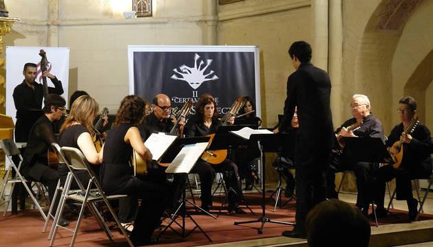 La Orquesta de Cámara Paulino Otamendi.