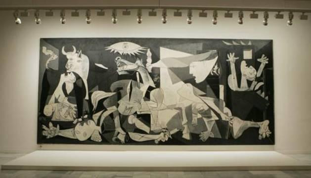 El 'Guernica' de Pablo Picasso expuesto en el museo Reina Sofía.
