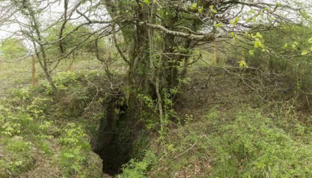 Encontrados los restos de dos menores en la sima de Legarrea en Gaztelu