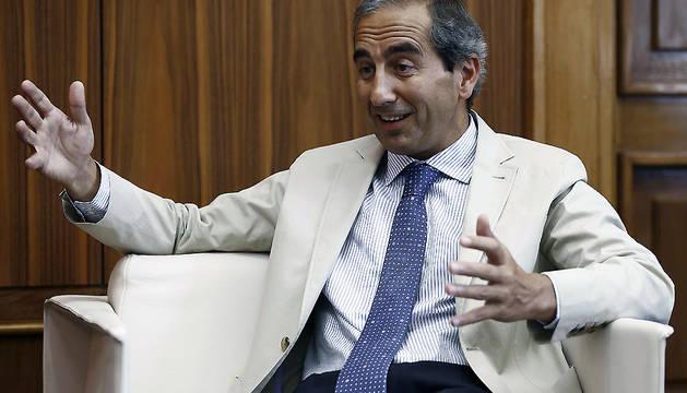El rector de la UN, Alfonso Sánchez-Tabernero, durante la entrevista a EFE.