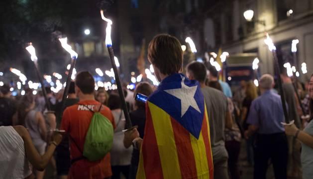 Las manifestaciones a favor de la independencia comenzaron el sábado por la noche.