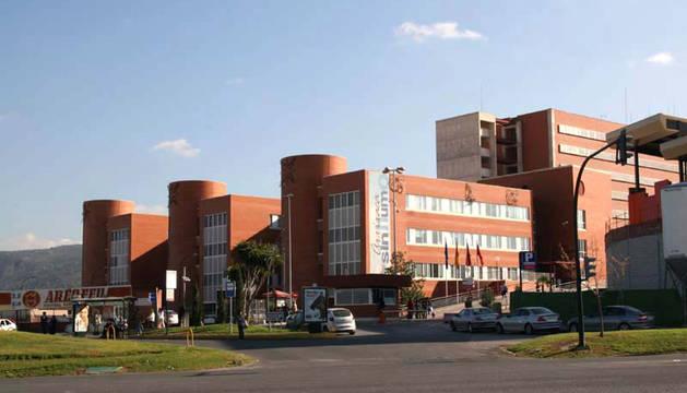 Aumentan a 11 los pacientes aislados por un brote bacteriano en un hospital de Murcia