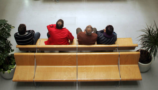 Una de las salas de espera del centro de consultas externas Príncipe de Viana.
